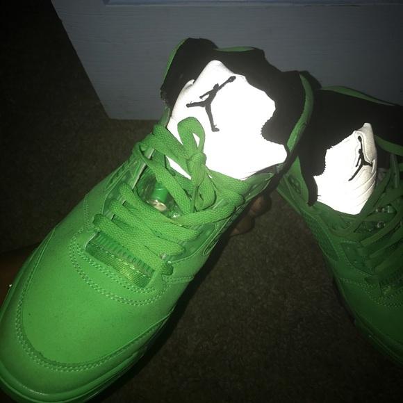 differently 4c6dd 7f59a Jordan 5s green